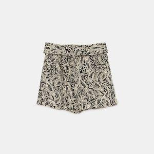 NWT Zara SS18 Size S Ecru Shimmery Shorts